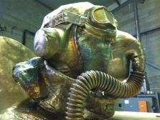 bronze Saint Exupery details (5)